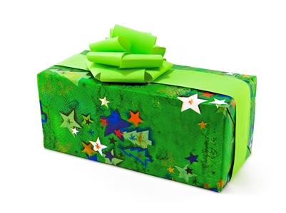 Подарки подруге на Новый 2019 год: что подарить, идеи