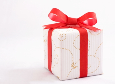 Как сделать однокласснице подарок